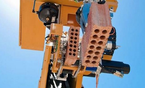 Robot-co-kha-nang-dat-gach-nhanh-gap-20-lan-con-nguoi-ban-co-tin