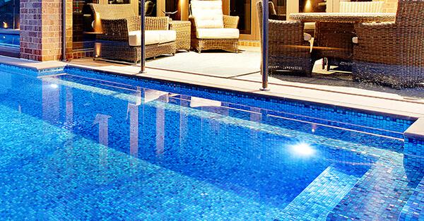 Top 3 loại keo chít mạch bể bơi chuyên dụng-05